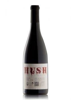 hush-xose-lois-sebio-shelved-wine
